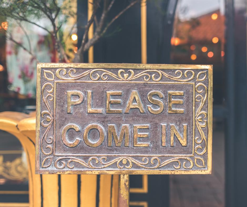 Please Come In